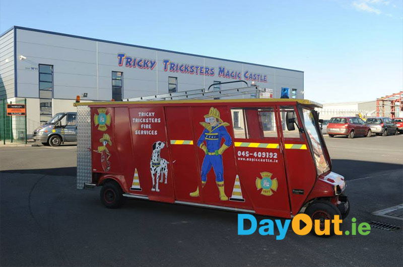 TrickyTricksters-Magic-Castle-FireEngine