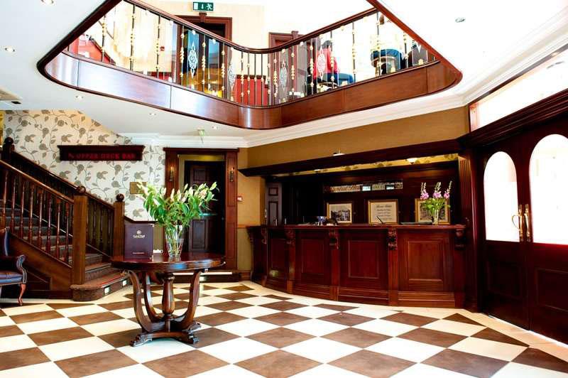 CentralHotel-Reception